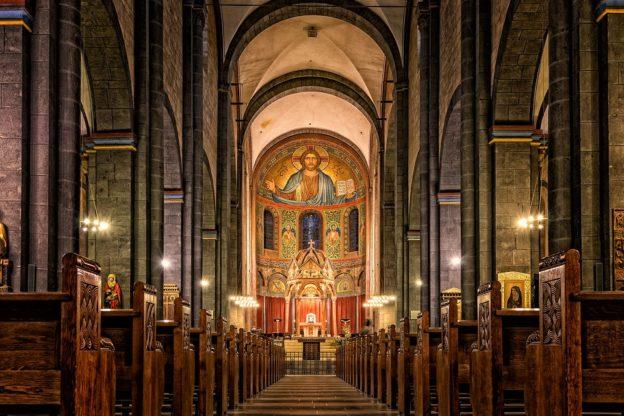 Сонник церковь во сне